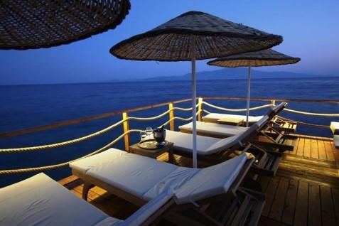 Assos Behram Hotel