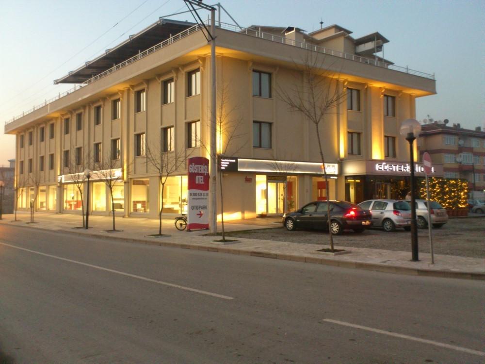 Gösterişli Otel