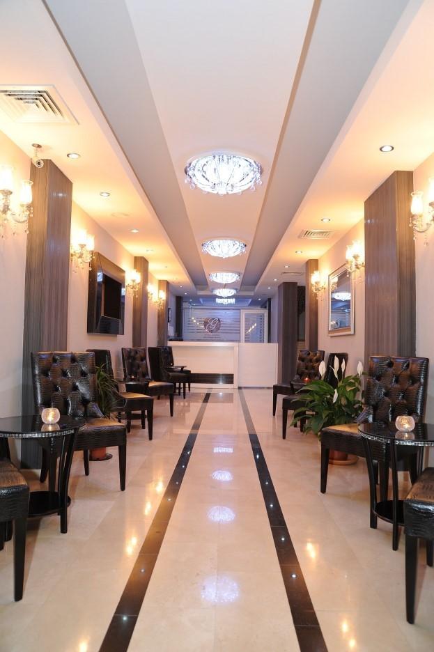 Grand Center Boutique Hotel