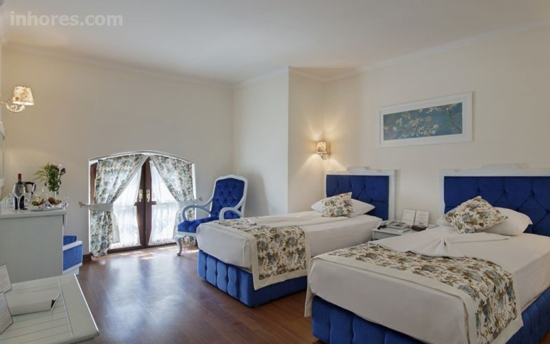 Adalya Port Hotel