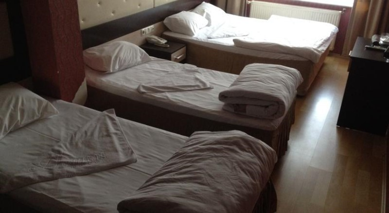 Derya Otel