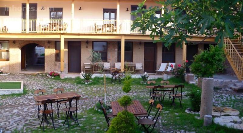 Attalos Suites Hotel
