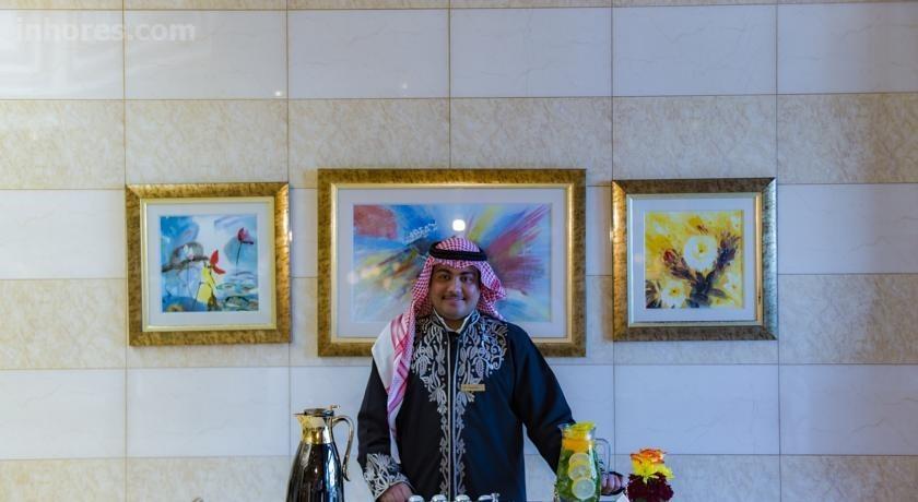 Boudl Al Morooj