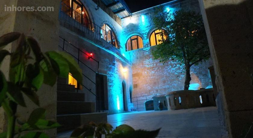 Dilek Tepesi Cave Hotel
