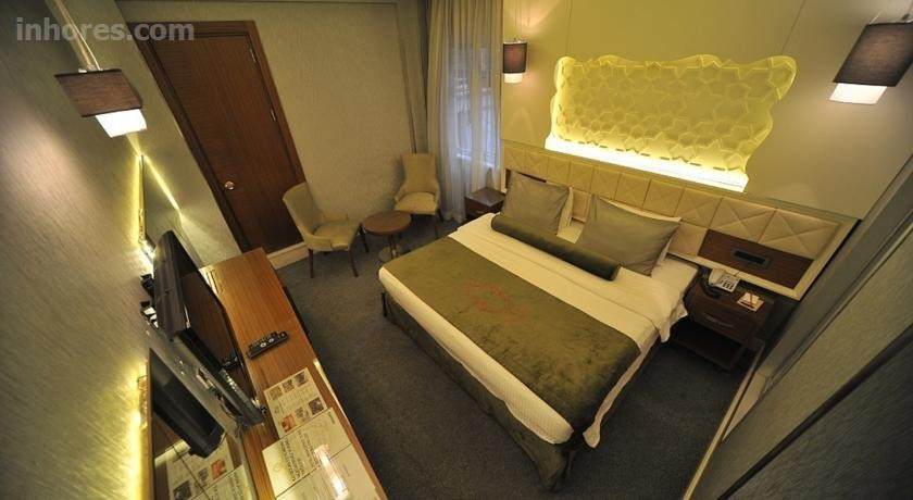 Economic Star Hotel Suite