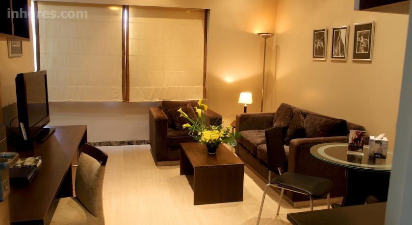 Golden Tulip Hotel De Ville