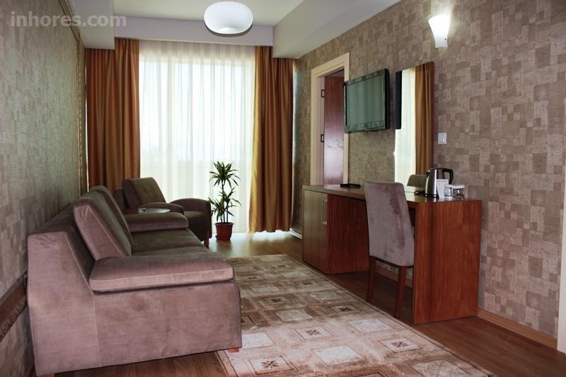 Grand Karot Hotel