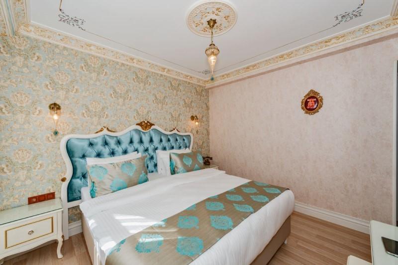 Hotel 1453