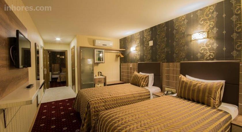 Hotel Business Yatt