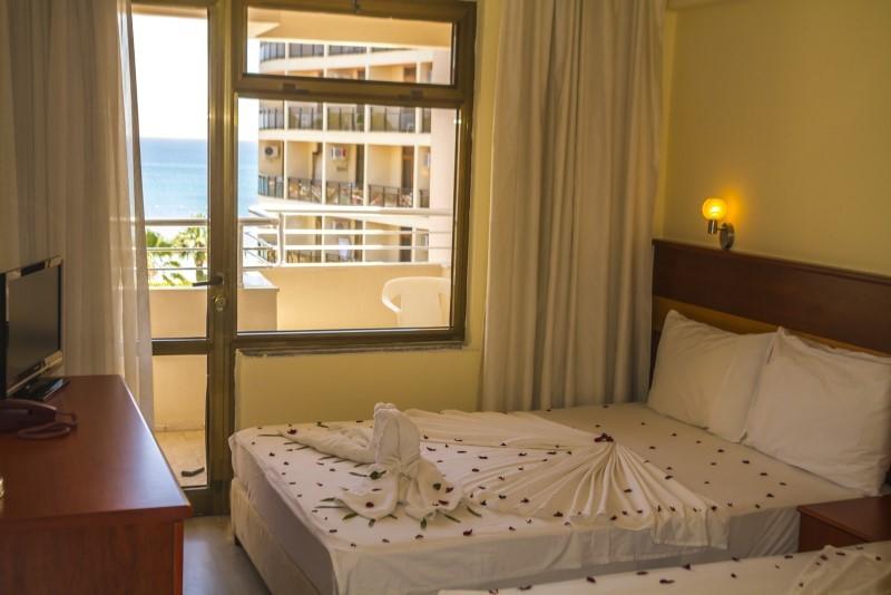 Hotel First Class