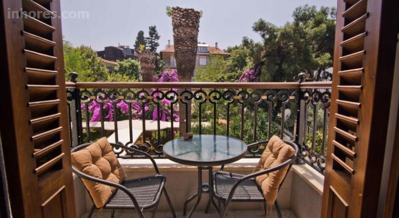 Hotel Garden Life