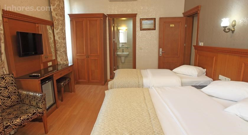Hotel New House
