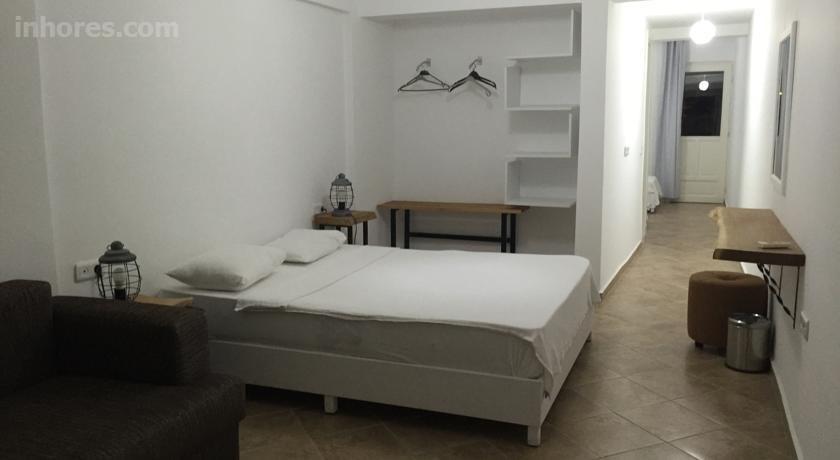 Hotel Pataros