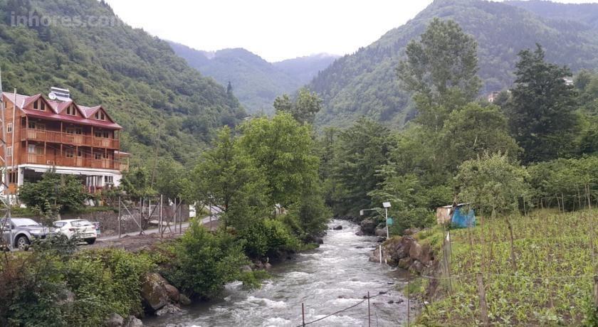 Klaskur Adaş Köy Evi & Restaurant