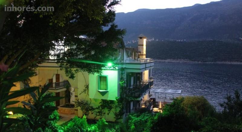 Korsan Ada Hotel