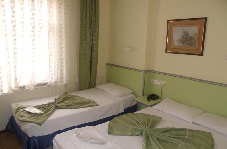 Kroisos Lake Resort Hotel