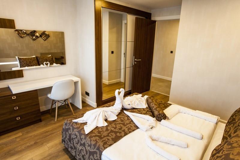 Liv Suit Hotel