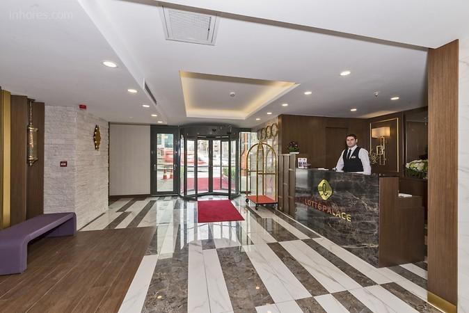 Lotte Palace Hotel