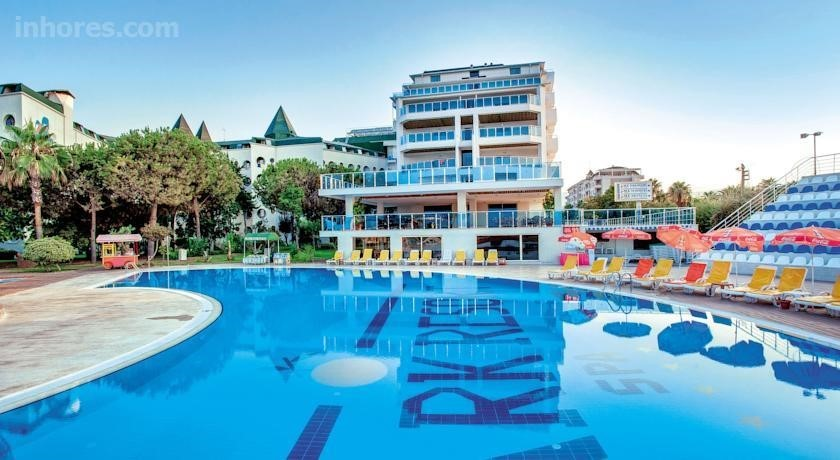 Mc Beach Park Resort Hotel