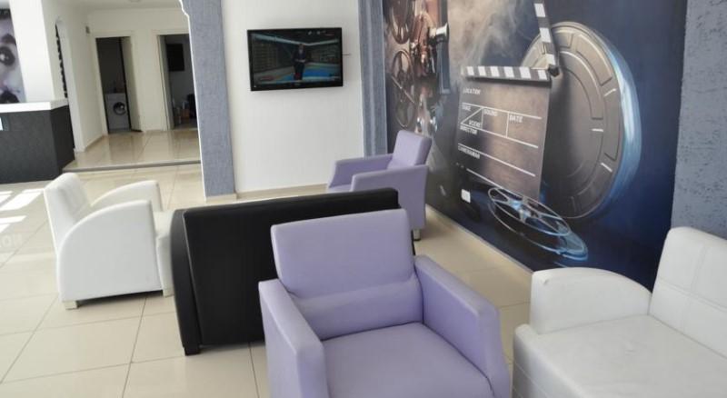 Movie Life Hotel