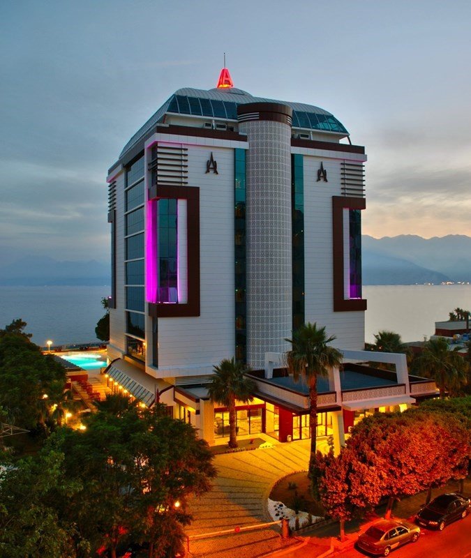 Öz Hotels Antalya Hotel Resort & Spa
