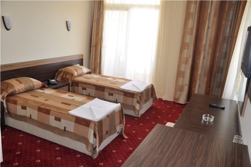 Primera Hotel & Apart