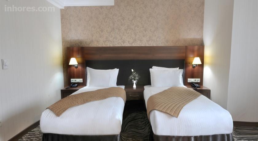 Rhiss Hotel Bostancı