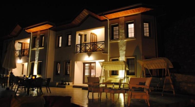 Saranda Club Hotel