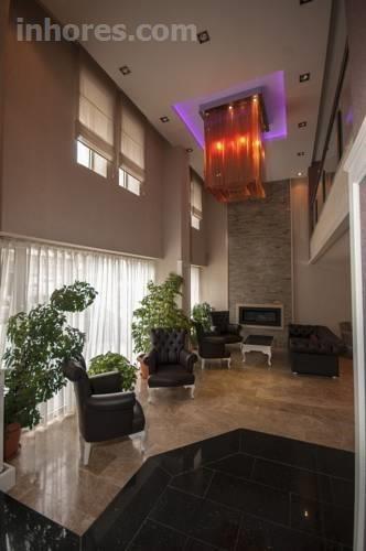 Saros Hotel