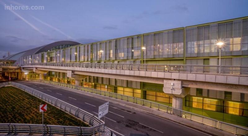 Tav Airport Hotel İzmir