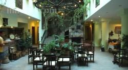 Assos Kervansaray Hotel