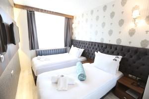 Castillo Luxury Boutique Rooms & Suites