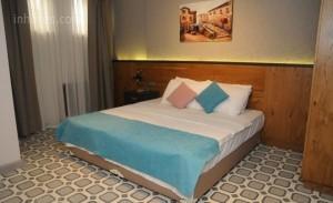 El Gusto Hotel