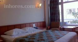Eyna Hotel