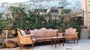 Hills Cave Hotel