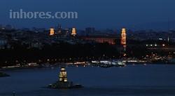 Maroon Bosphorus