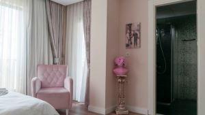 Mic Royal Hotel