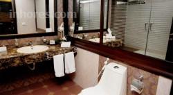 Queens Suite Hotel