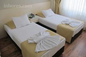 Sahra Hotel