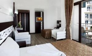 Sea Side Hotel