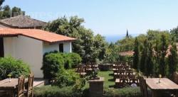 Altınoluk Otelleri : Zümra Sultan Konağı