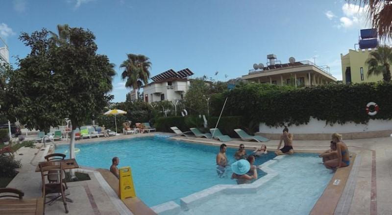 Tuncer Garden Hotel