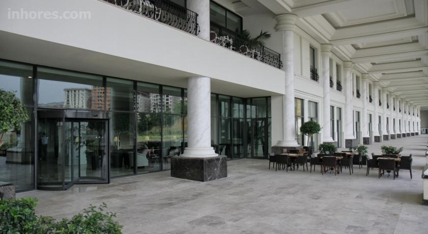 İsfanbul Holiday Home & Suites (Formerly Vialand Palace Hotel)