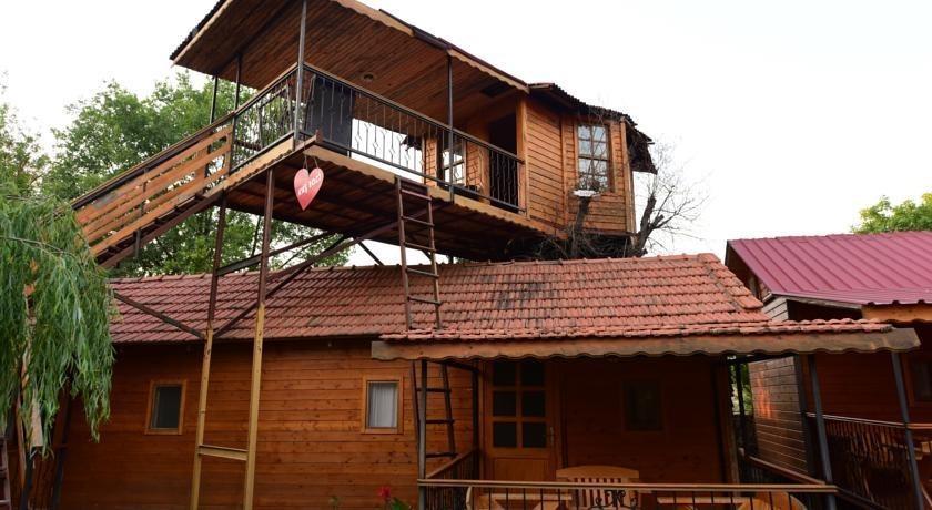Yeldeğirmeni Bungalow Evleri